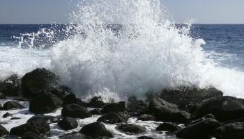 splashing-wave